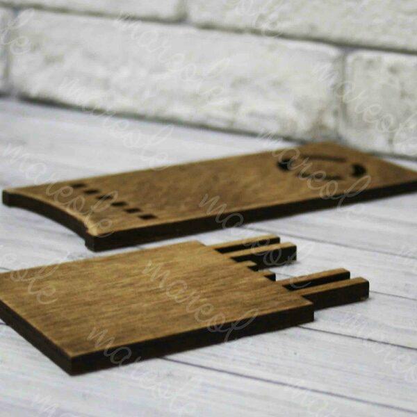 Деревянная подставка под телефон 70Х180