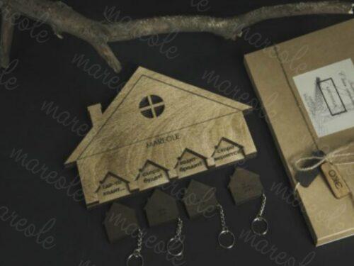 ключница из дерева