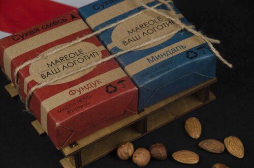 Набор орехов в подарок