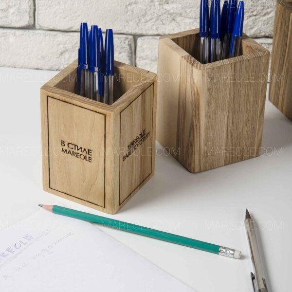 подставка для ручек из дерева