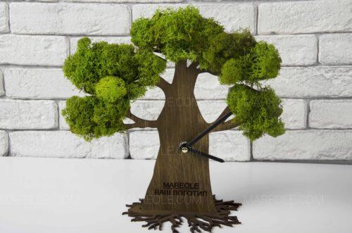 Часы в виде дерева